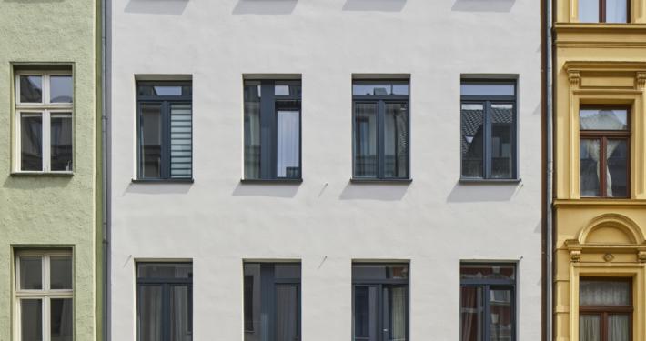 Meister-Gerhard-Straße 19