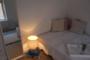 helle,  möblierte & modernisierte Altbauwohnung in Toplage von Nippes - Wohnzimmer